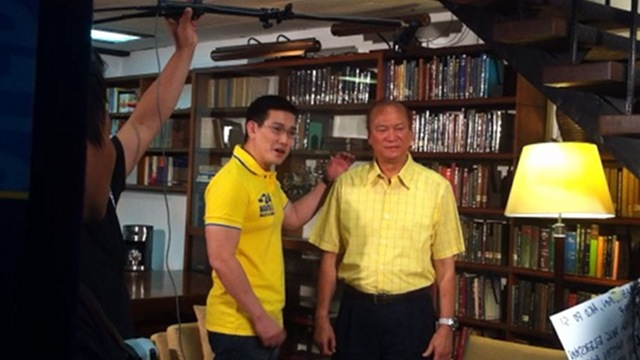 BE CAREFUL WITH YOUR VOTE. Actor Richard Yap, or 'Ser Chief', shoots a political ad with senatorial bet Ramon Magsaysay Jr on Sunday, March 25. Photo by Natashya Gutierrez.