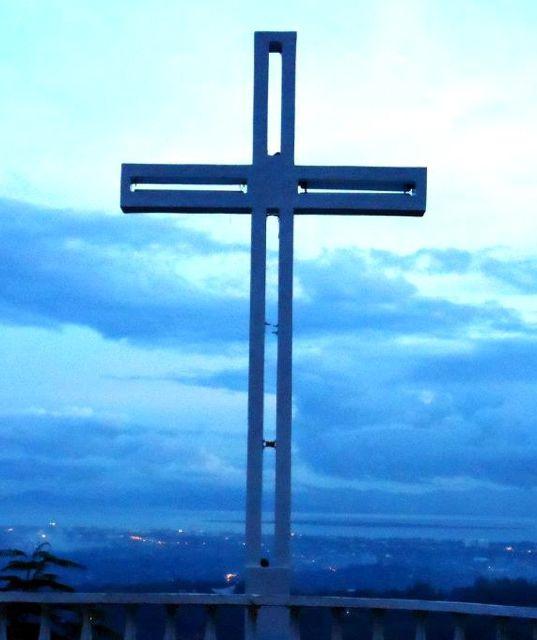station of the cross prayer guide
